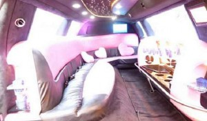 Pink_limousine_rental_rome